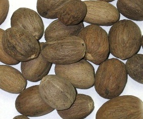 Whole Nutmeg For Good Luck in Gambling 50grms